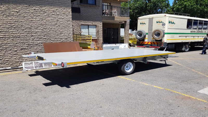 Intempo Trailers - Flat Deck 2